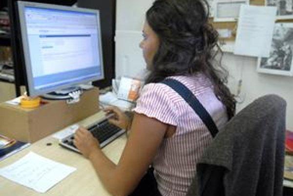 Kontrola účtovania, Poistenec si môže overiť lekára v pohodlí domova za stolom pri internete.
