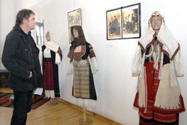 Výstava pod názvom VIDIEK A MESTO - TRADÍCIA A MÓDA.