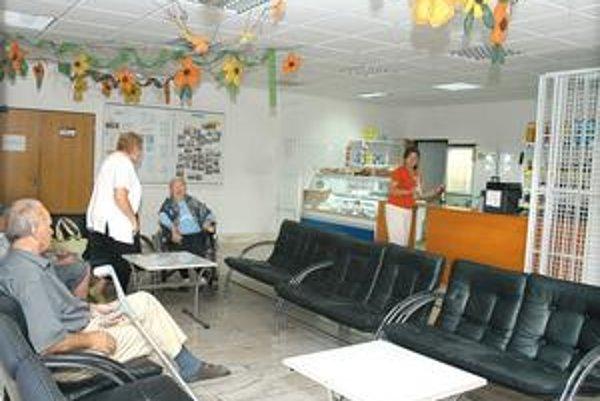 Klienti si od nového roka priplatia. Za pobyt v domove dôchodcov alebo domove sociálnych služieb zaplatia o 23,5 eura viac.