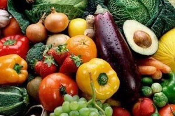 Diéta, ktorá dodáva organizmu viac zásad a menej kyselín je bohatá na surové ovocie a zeleninu.