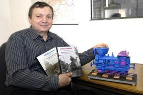 Ján Novák v minulosti už vyrobil aj vláčik na počesť denníka Korzár, nazval ho Korzárik.