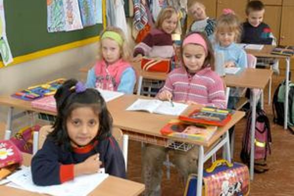 Rozhodne demografický vývoj. Mesto zruší školy všade tam, kde nebude dostatok detí.