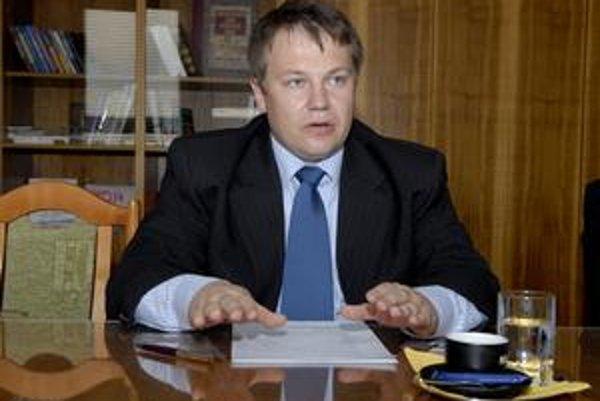"""Marek Kolárčik (nominant KDH). """"Nie je to najhoršie minutý milión v košickej samospráve,"""" reagoval riaditeľ magistrátu."""