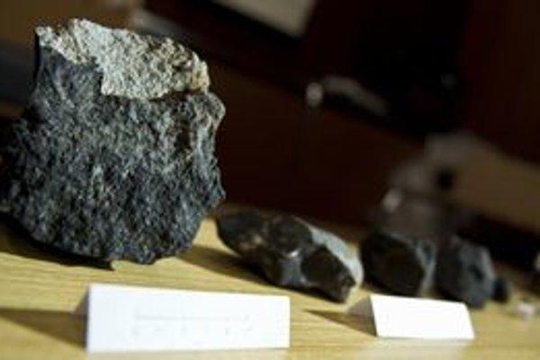 Meteority, ktoré našli pri Vyšnom Klátove.