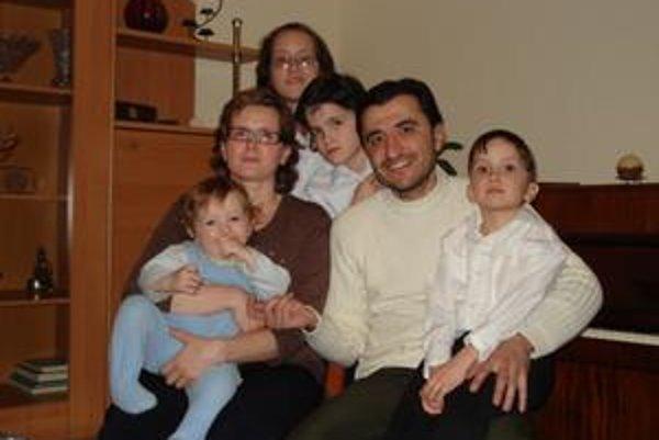 Muhamad Al Ali so svojou rodinou.