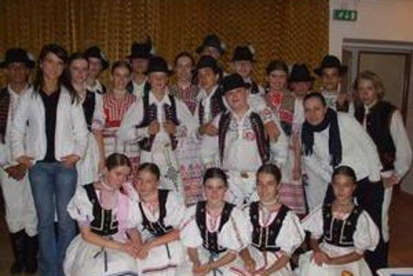 Úspešný prvý zájazd. Mládež očarila divákov hneď na Cypre.