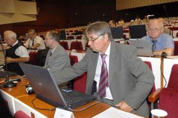 Poslanci SMK. Na kraji hlasovali za ORID, ich mestský šéf J. Filipko hovorí o županovom populizme.