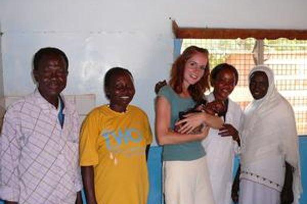 Vierka so sudánskymi ženami - zdravotníčkami.