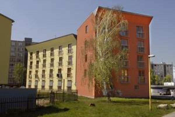 Byty na Baltickej. V predchádzajúcej dražbe ostali na ocot. Uspejú v novej dražbe?