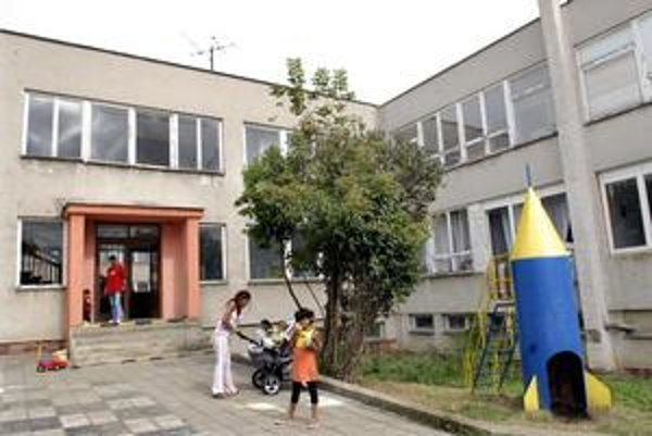 Krízové centrum, Mesto rozhodlo, že zatiaľ ostáva v Košickej Novej Vsi.