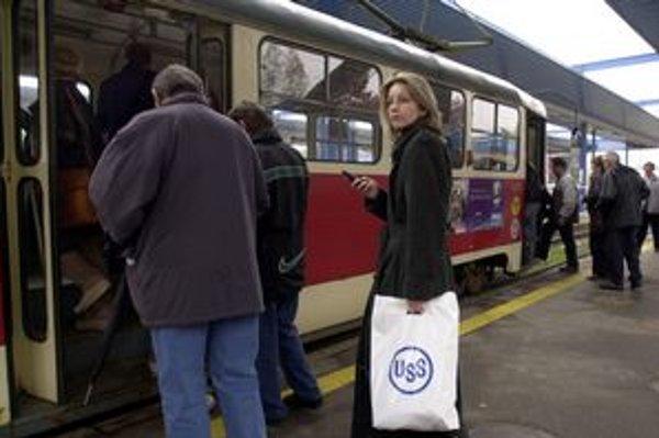 Cestujúci sa v zime dočkajú v električkách vyššieho komfortu.