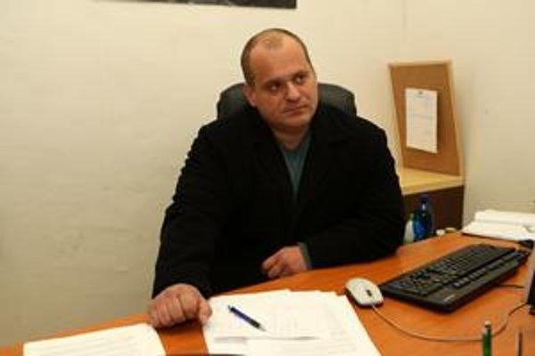 Ladislav Petráš tvrdí, že chce pomáhať problémovému sídlisku.