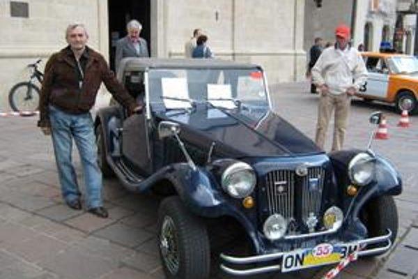 Prehliadka historických vozidiel, ktorú organizovalo združenie Cassovia retro.