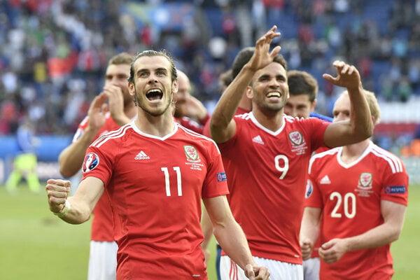 Gareth Bale v drese Walesu.