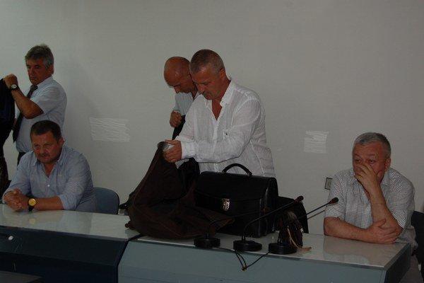 Maukš a Matula na archívnej fotografii. Obaja obvinení tvrdia, že s Karcelovou vraždou nemajú nič spoločné.
