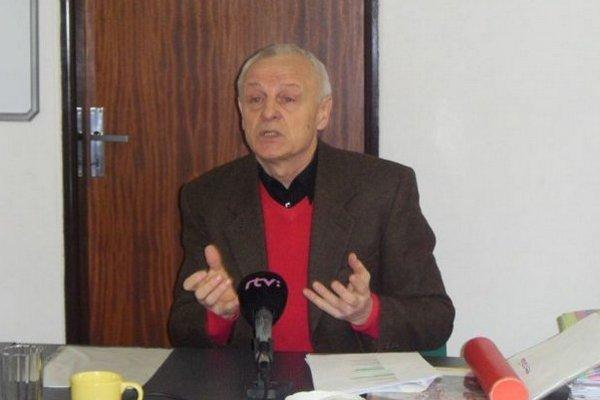 Jozef Ivan. Tvrdí, že úrad už 12 rokov blokuje jeho zámer.
