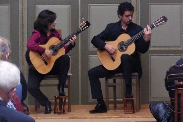 Brazílčania. Duo Siqueira Lima.