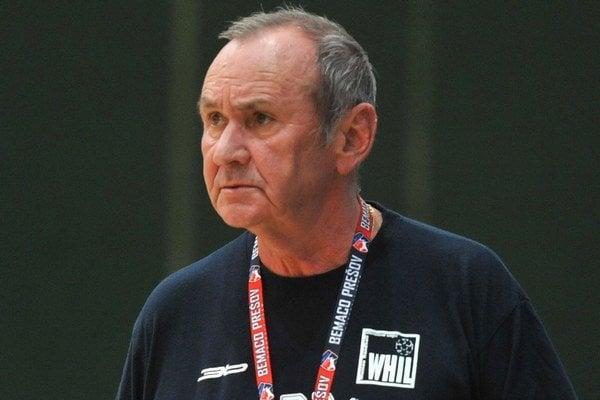 Tréner D. Daniš.
