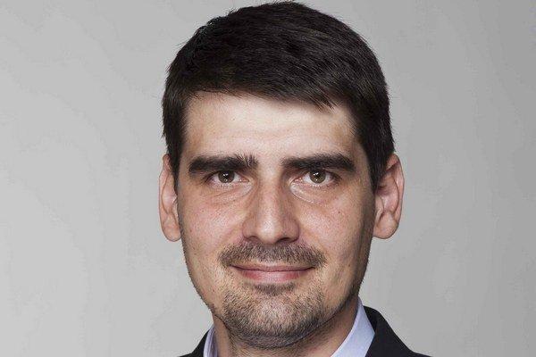 Peter Krajňák. V pozícii štátneho tajomníka chce riešiť najmä národnostné školstvo.