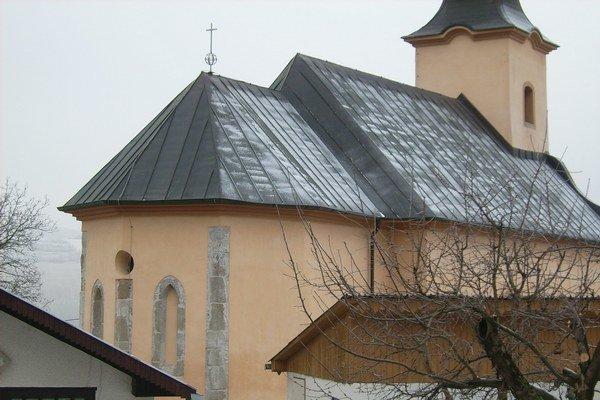 Kostol. Celkový pohľad od severovýchodu.