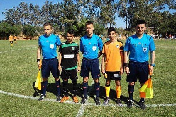 Pred úvodným hvizdom. Slováci na turnaji rozhodovali zápasy prestížnym futbalovým akadémiám.