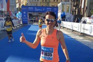 Erika Ondrijová na maratóne vPrahe.
