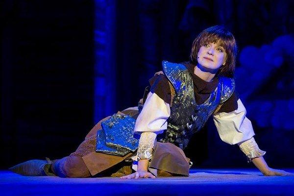 Jana z Arku. Hlavnú postavu vmuzikáli hrá Silvia.