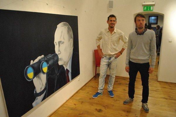 Mladí výtvarníci. Rado Repický (vľavo) a Martin Kudla.