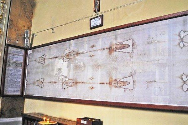 Turínske plátno. Do Prešova ho priviezli v roku 2003.