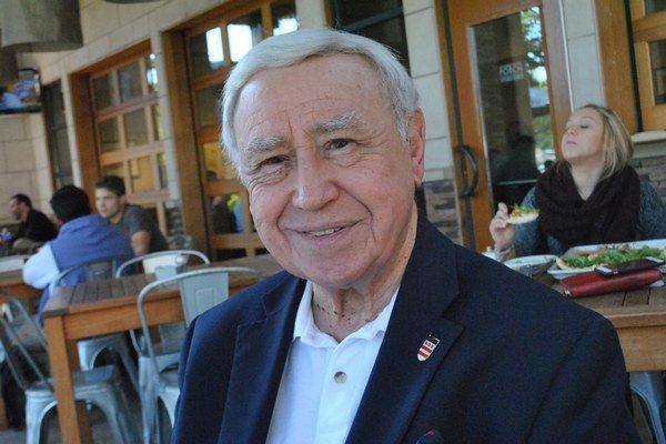 Joseph Senko. Biznisman a účtovník na dôchodku je slovenským honorárnym konzulom.
