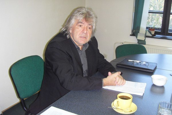 Stanislav Grega. Hovorí, že súd rozhodol v jeho prospech, ostáva v predstavenstve.