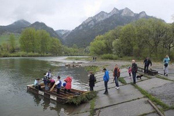 K atrakciám regiónu patrí aj splavovanie Dunajca na pltiach.