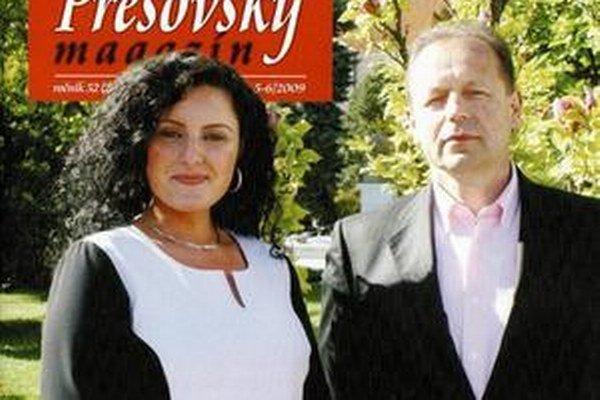 Rok 2009. Hagyari sa prvýkrát prihlásil k Smeru, podporil poslankyňu Pavlovičovú.