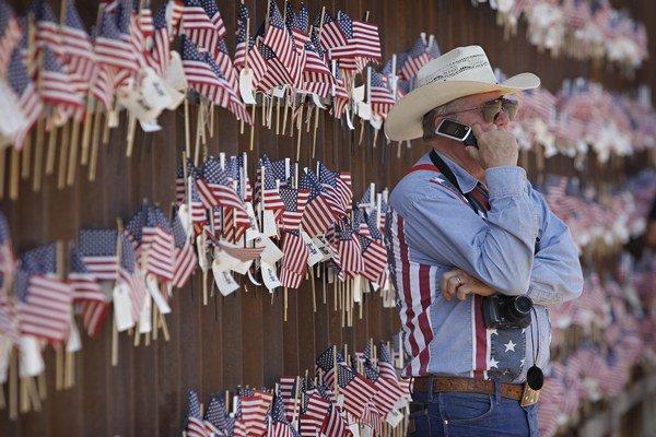 Plot na hranici medzi Mexikom a USA.