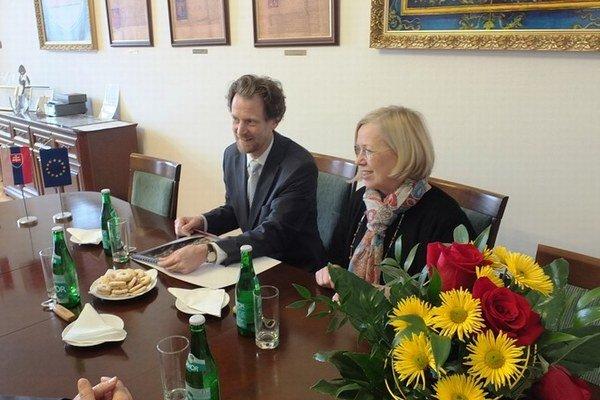 Návšteva. Rakúsky veľvyslanec sa predstavil na pôde radnice.