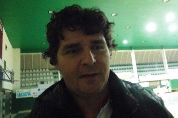 Darmo tréner R. Bačo burcoval zverencov, majster urobil s Prešovom krátky proces.