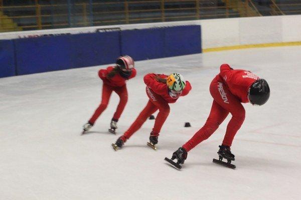 Preteky. Zúčastnilo sa ich 43 pretekárov z Prešova, Spišskej Novej Vsi a Sanoku.