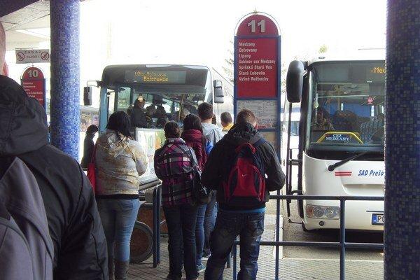Dopravcovia. Počet cestujúcich v kraji sa znížil o 1,9 milióna, musia prijať opatrenia.