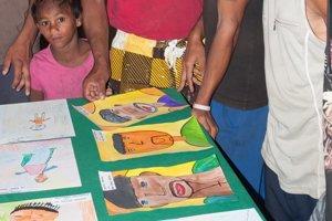 Výstava obrazov. Nachádza sa v Komunitnom centre v Chminianskych Jakubovanoch.