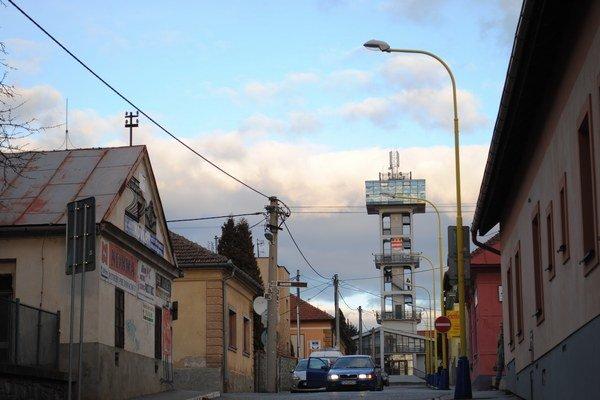 Vodárenská veža. Pre domácich aj turistov mala byť mestskou atrakciou.