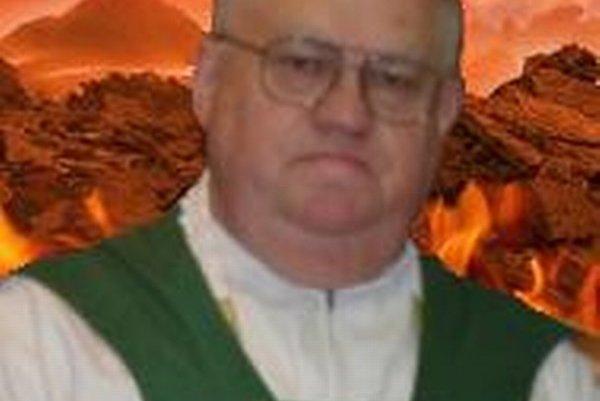 Doktor medicíny a rímskokatolícky biskup Oliver Oravec.