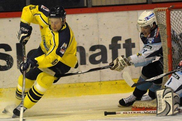 Pavol Segľa. Znovu koketuje s účinkovaním v prešovskom hokeji.