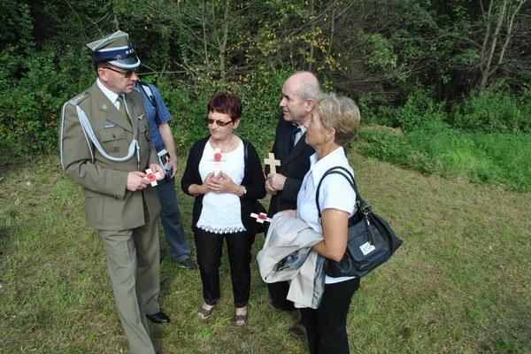 Pozostalí. Z. Komański v rozhovore s rodinou pilota Boleslawa Urama.