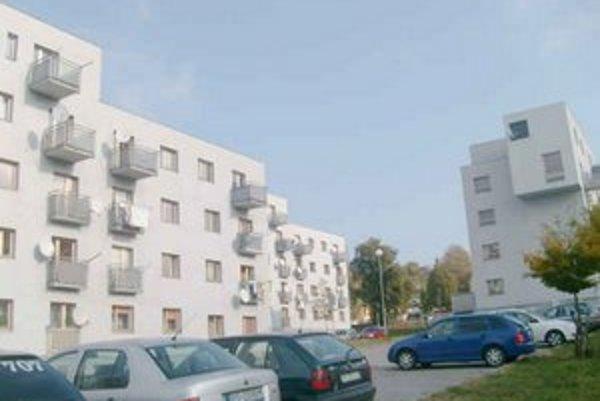 Byty na Majakovského. Mesto dalo postaviť nájomné byty, ale z úveru zaplatilo ešte len tretinu.
