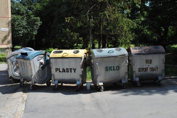 Separovaný odpad. Počet kontajnerov sa radikálne nemení.