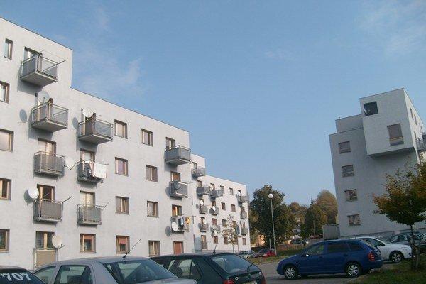 Sabinovská ulica. Fond so 136 mestskými bytmi prejde pod Prešov Real.