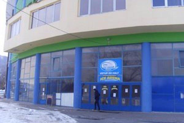 Zimný štadión. Od januára ho prevádzkuje nový nájomca, HC Prešov, o. z.
