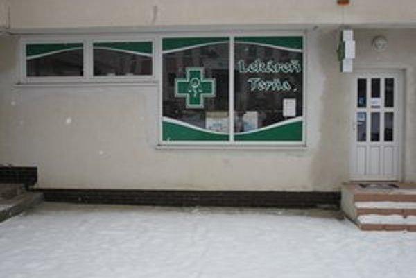 Lekáreň v Dome služieb. Už niekoľko mesiacov je zatvorená