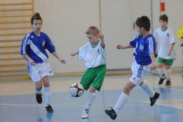 Mladí futbalisti. Opäť po roku si v Prešove zmerajú sily.