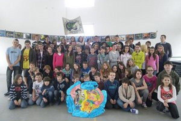 Žiaci školy sa zapojili do environmentálneho týždňa.